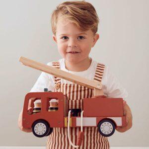 camião-dos-bombeiros-kids-concept-brinquedo-madeira-4