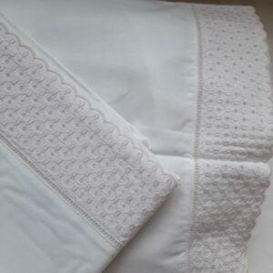 crisa-conjunto-lencois-bordado-rosa-alcofa-nacional-2