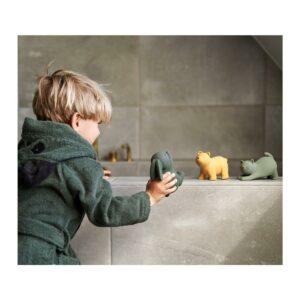 brinquedo-banho-borracha-natural-liewood-1