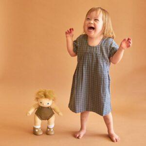 boneca-poppet-olli-ella-dinkum-3