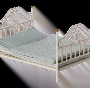 maileg-cama-micro-vintage-branco-esbranquiçado