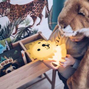 leão-luz-presença-iluminacao-crianca-silicone-1