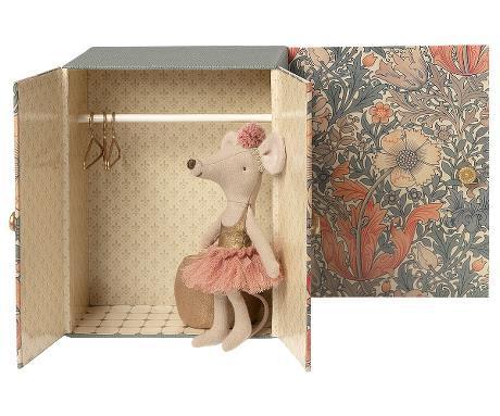 maileg-dance-room-big-sister-mouse
